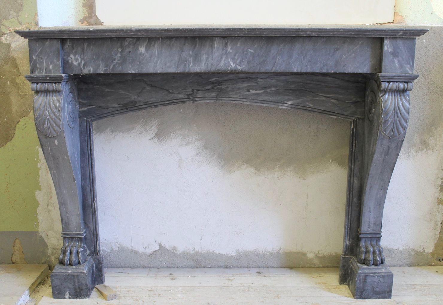 Camino Classico In Marmo camino antico in marmo blu. antique blue marble fireplace
