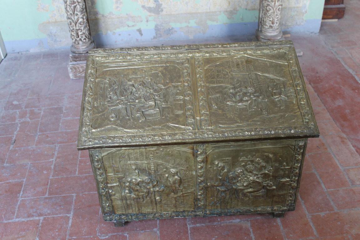 Legno Decorativo Per Camino 005 capiente (molto) legnaia per caminetto, realizzata in