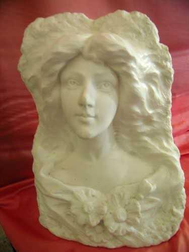 329 Busto, epoca e gusto Liberty, Statuario Carrara