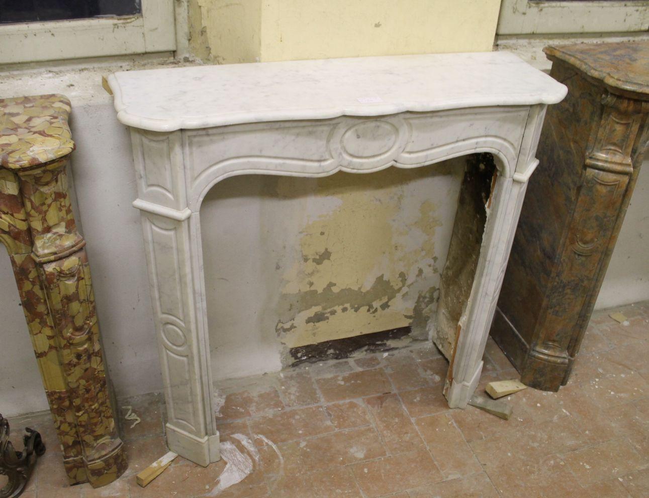 Camino In Marmo Bianco : Caminetto in marmo bianco carrara